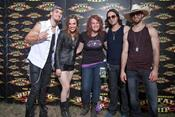 Click to view album: Meet & Greet Halestorm
