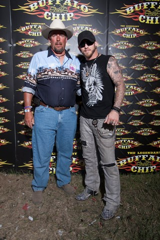 Viewing album meet greet brantley gilbert m4hsunfo