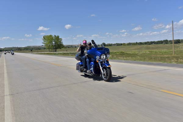 STURGIS-MOTORCYCLES-FREEDOM-CELEBRATION-RIDE-097