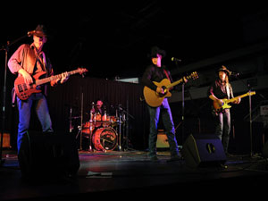 Tumbleweed Junction Brings Outlaw Country Music to the stage