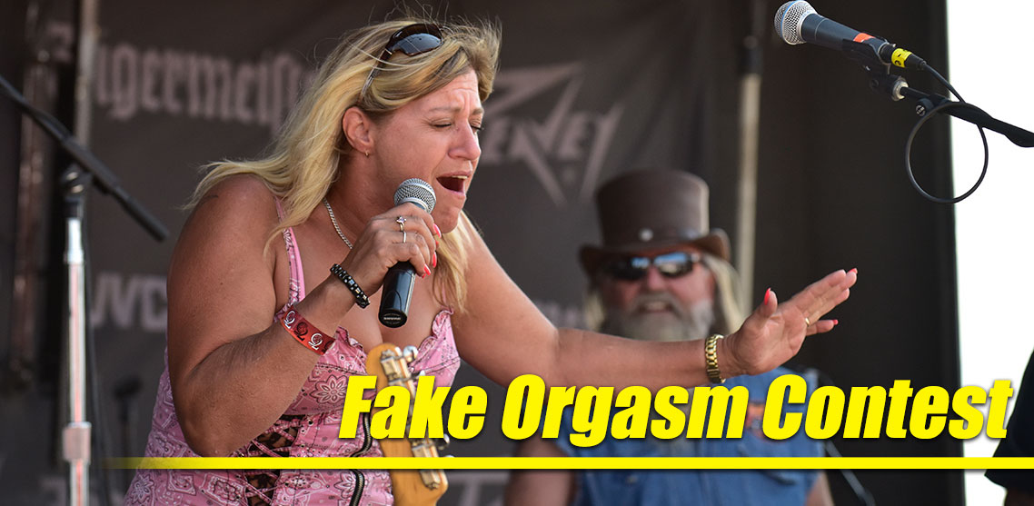 The Fake Orgasm Contest Turns Up the Heat at Fan Fest